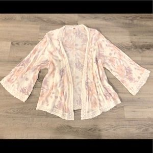FREE PEOPLE floral cover-up flare sleeves